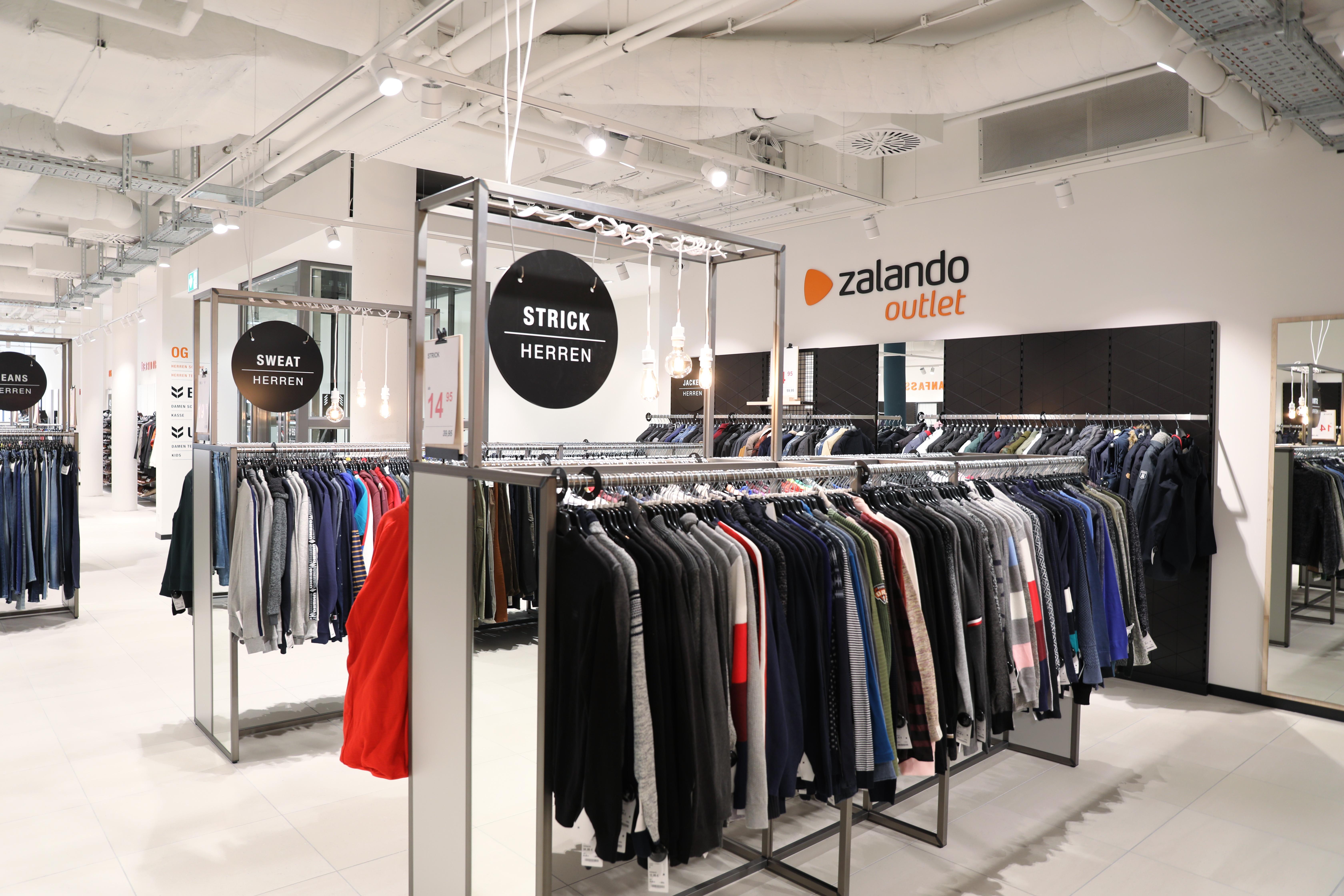 Zalando SE Hannover Outlet Opening 4 DE