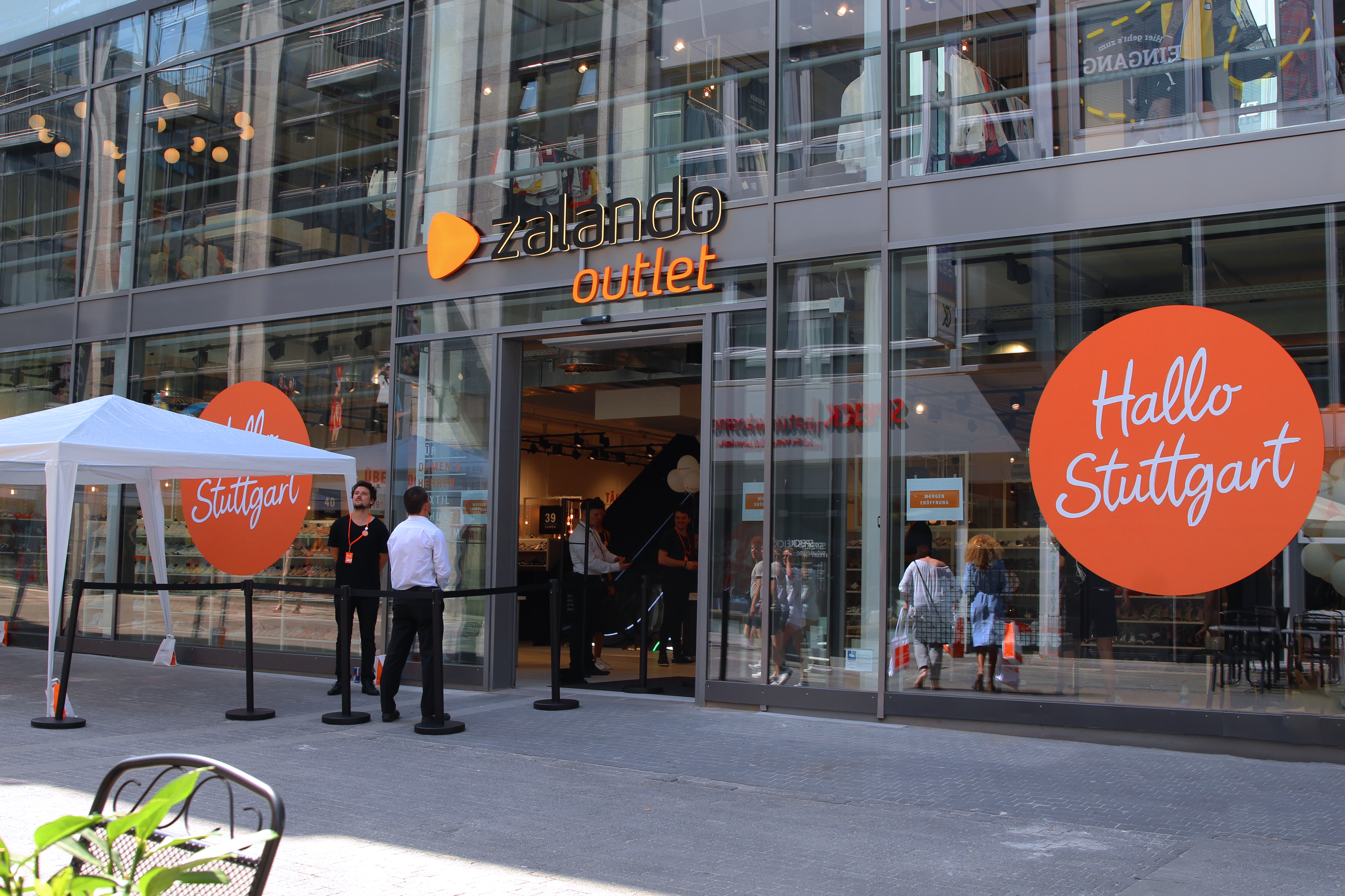 Zalando SE Stuttgart Outlet Opening Download 2 EN
