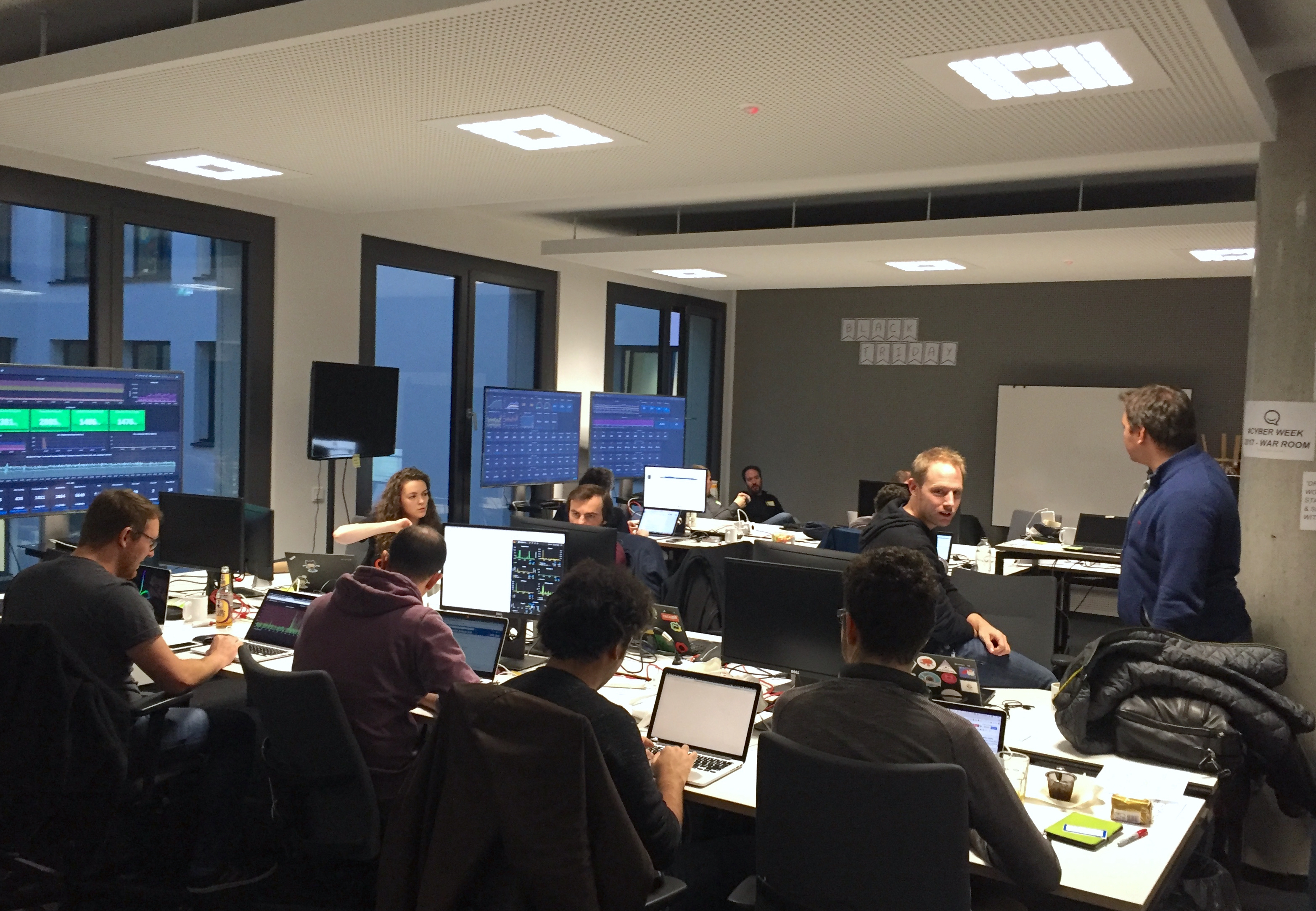 Zalando SE Situation Room Tech Black Friday 2018 EN