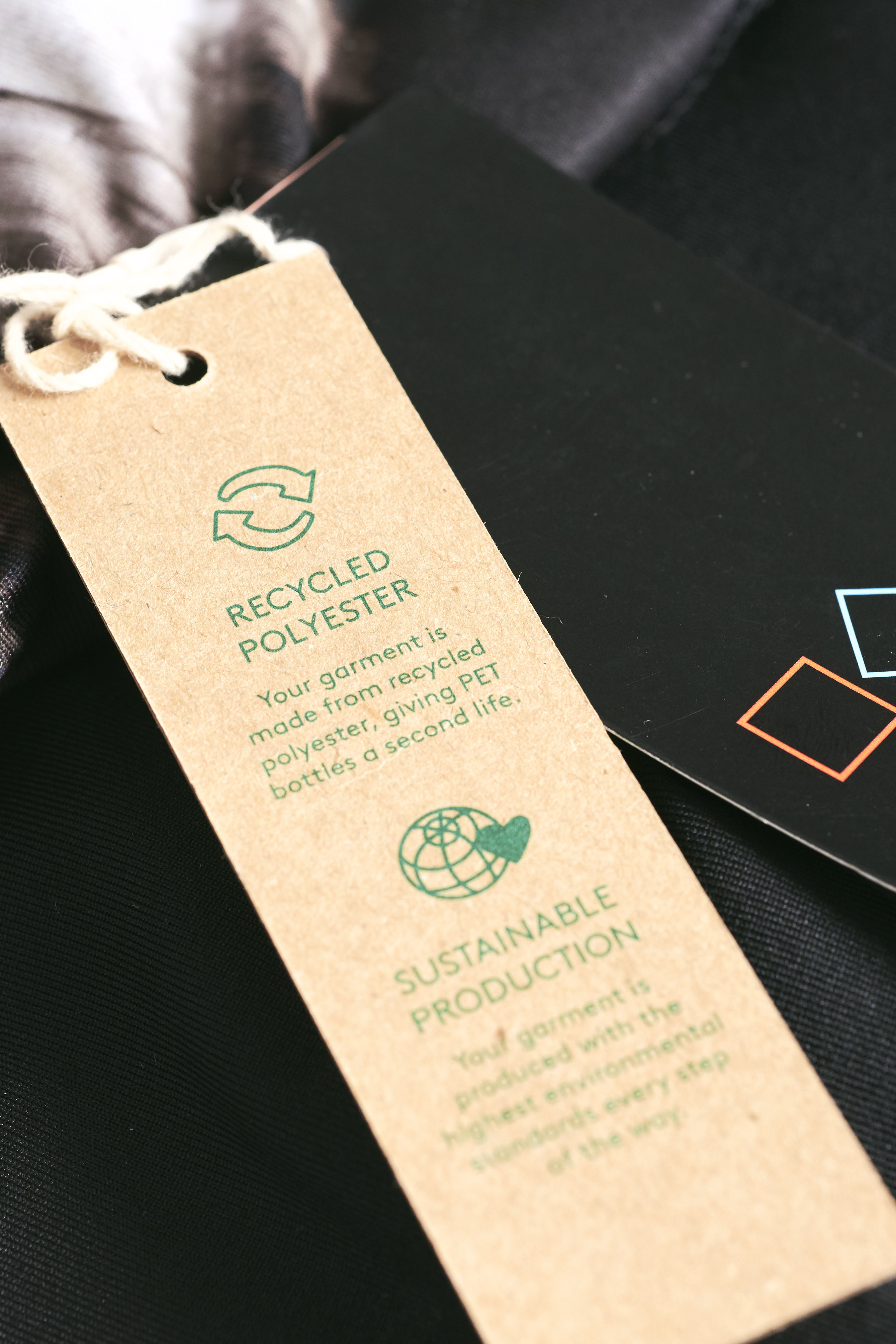 Zalando SE Private Labels Tag Recycled Polyester